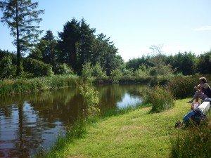 Petit lac dans lequel on va se baigner !! p1090560-300x225