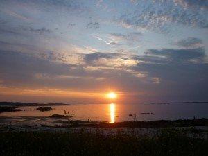 Couché de soleil au Connemara sur la plage presque devant la tente... !! p1090796-300x225