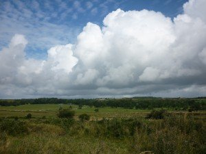 Typiquement un paysage Irlandais... Le vert et le bleu ! p1090903-300x225
